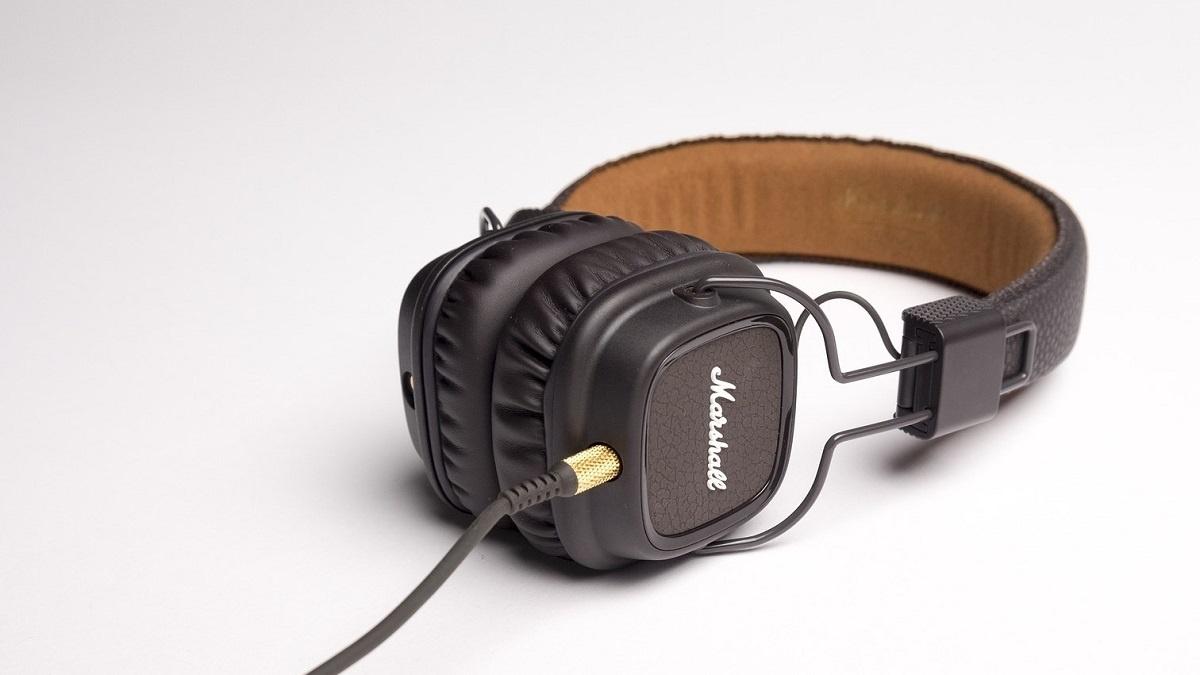 social listening marshall headphones.jpg